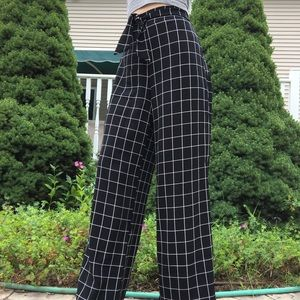 Black and white square pattern tie pants